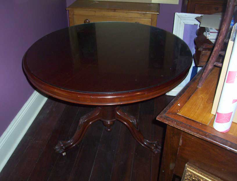 photo-048cedartable.jpg