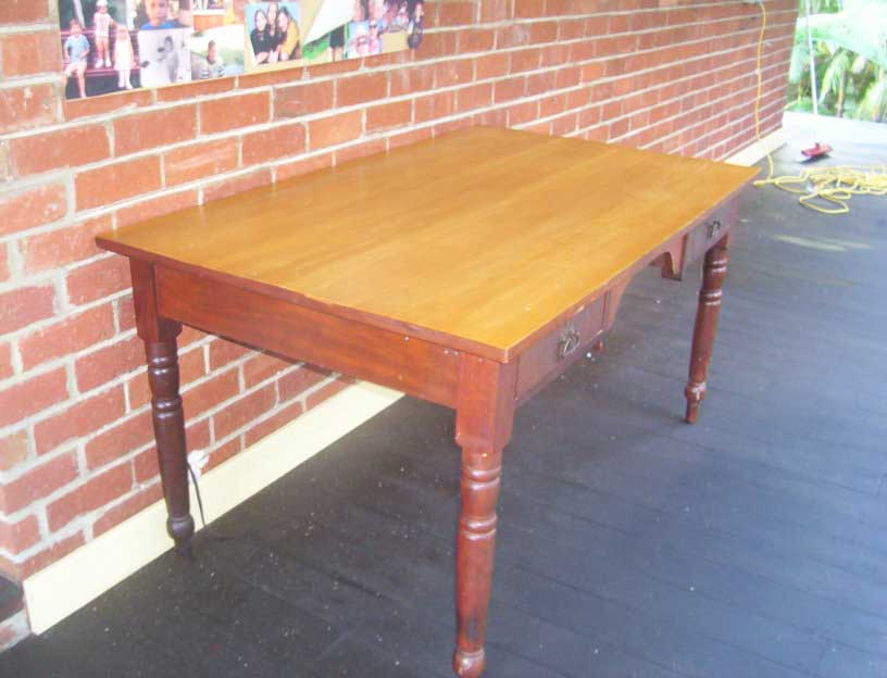 photo-108jarrah+huon_desk.jpg